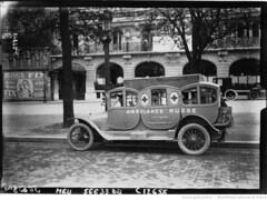 1915-04-15. A l'glise russe - les voitures ambulances 2 (foot-passenger) Tags: bibliothquenationaledefrance bnf gallica oldphoto 1915 ambulance france wwi worldwari