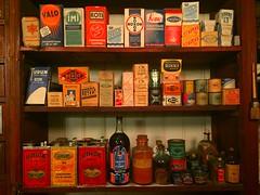 (Sameli) Tags: old shop museum sok osuuskauppa osuuskauppamuseo helsinki suomi finland solium valo imi koti pesuainen pehmo noxon kemo regina reflex sili benzit rikki sampo torbiat hohto unica