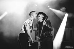 The Libertines (Mathieu EZAN) Tags: thelibertines petedoherty carlbarat duo singer festival france bretagne mathieuezan vieillescharrues nikond5 70200 noiretblanc blackandwhite nb bw captureone 2016 carhaix rock garage legend band british