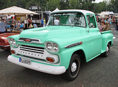 Apache (The Rubberbandman) Tags: street mag show hannover pickup pick up truck german germany us usa america american old classic vintage vehicle chevrolet apache chevy car custom road school v8 fahrzeug auto linien outdoor laster
