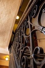 Escalier (Koucie) Tags: eglisestroch escaliers villedequbec stroch stairs d50