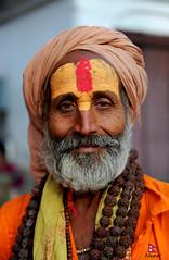 साधु sādhu (YellowSingle 单黄) Tags: nepal portrait temple nikon 28 shiva hindu hinduism pashupatinath 2470mm bagmati d700 sādhu साधु