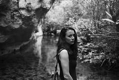 river gorge portrait (gorbot.) Tags: blackandwhite monochrome rangefinder naturereserve sicily mmount leicam8 silverefex voigtlander28mmultronf19 riservanaturaleorientatapantalica