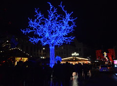 DSC_0257 (Shadows Oliv) Tags: blue light france night de three market decoration noel bleu strasbourg lumiere nuit arbre marche 2014 christmax