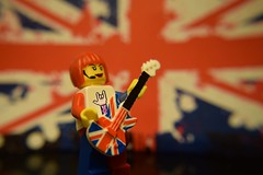 Jacklyn and her new Union Jack Electric Guitar (Lesgo LEGO Foto!) Tags: music rock jack fun toy toys lego guitar flag union band rockmusic minifig collectible minifigs guitarhero omg rockband unionjack guitarist collectable minifigure britishflag minifigures guitarheroine legophotography legography