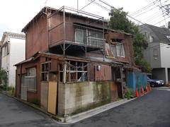 Tokyo Ruins (CentipedeCarpet) Tags: street four tokyo ruins photos panasonic micro  unlimited thirds machiya   gx7 1235mmf28