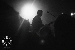 31 (reaoubien) Tags: leica blackandwhite bw monochrome live rocknroll brmc photoworks stagephotography petehayes reaoubien