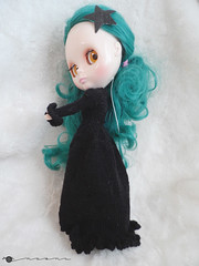 Hand knit long coat for Blythe