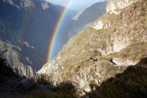 "Peru - piękna tęczna na starcie trekkingu do kanionu Colca <a style=""margin-left:10px; font-size:0.8em;"" href=""http://www.flickr.com/photos/125852101@N02/16539535361/"" target=""_blank"">@flickr</a>"