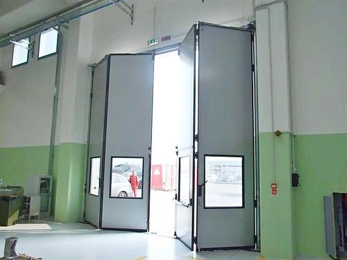 Ворота що складаються для вантажівок. imva, liber