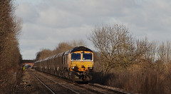 66705 Cridling Stubbs 21/02/2015 (Flash_3939) Tags: train gm crossing diesel rail railway locomotive february coal unionjack goldenjubilee 2015 class66 gbrailfreight railfreight gbrf 66705 cridlingstubbs railfreightuk
