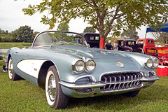 1958 Corvette Front Side View (Brad Harding Photography) Tags: 1958 58 corvette vette generalmotorscorporation bonnersprings kansas kansasagriculturehalloffame carshow streetrod musclecar antique chevrolet chevy