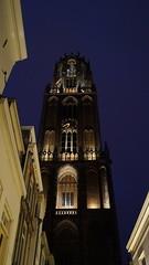 DSC04397 (kremer.christiane) Tags: architecture church iglesia utrecht light luz night noche europe europa shadow sombra contrast contraste city ciudad holland holanda