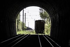 "2253'15.6""S 4708'16.6""W (Fabio_CPS) Tags: railroad railway rust color cam treking outdoor power nature angular street sd70 ac44 ge extreme calor hot sun"