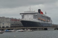 Queen Mary 2 (jelpics) Tags: blackfalconterminal cruise cruiseships cruiseportboston queenmary2 cunardline cunardcruiselines oceanliner boat bos boston bostonharbor bostonma harbor massachusetts massport ocean port sea ship vessel