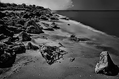 View of Caspersen Beach, Harbor Drive, Venice, Florida, U.S.A. (Jorge Marco Molina) Tags: caspersenbeach sarasotacounty rockyshoreline venice florida venicebeach sunshinestate southwestflorida gulfofmexico ocean sea water longexposure 10stopfilter nikond7100