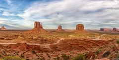 Monument Valley National Park (Ed Llerandi) Tags: nationalparks monumentvalley panoramic landscape travel redrocks dessert usawest