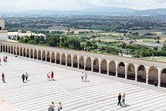 8 July, 11.39 (Ti.mo) Tags: italy architecture landscape 50mm iso100 july it perugia assisi umbria f40 2014 0ev  ef50mmf12lusm secatf40 portasanfrancesco1