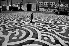 streetart (wojofoto) Tags: streetart amsterdam graffiti ndsm wojofoto wolfgangjosten ottograph zwartwit blackandwhite nederland netherland holland straatfoto streetphoto monochrome mensen people