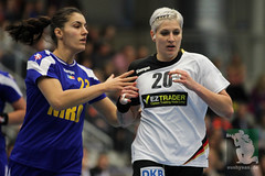 "EHF Damen Deutschland vs. Rumänien 30.11.2014 004.jpg • <a style=""font-size:0.8em;"" href=""http://www.flickr.com/photos/64442770@N03/15728453010/"" target=""_blank"">View on Flickr</a>"