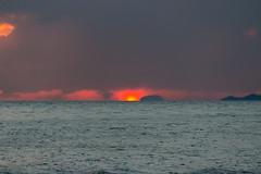 IMG_0946 (jaglazier) Tags: clouds thailand islands landscapes december seascapes sunsets cliffs krabi suns lighteffects andaman andamansea 2014 122814 changwatkrabi copyright2014jamesaglazier tambonaonang
