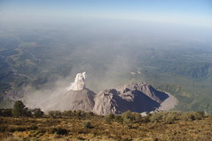 Santa Mara Volcano, Quetzaltenango, Guatemala (ARNAUD_Z_VOYAGE) Tags: city sky people cloud sun white mountain black color green nature colors beautiful rock fog clouds america landscape volcano climb site amazing view natural guatemala altitude centro central large peak windy formation crater area huge volcanoes region volcanic moutains department eruption active protected centrale highest extremely volcn quetzaltenango stratovolcano volcanism santiaguito gagxanul