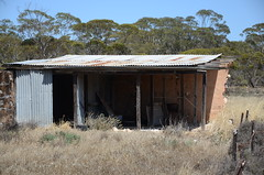 DSC_2430 old farm house, Wynarka, South Australia (johnjennings995) Tags: abandoned farmhouse australia southaustralia derelict wynarka
