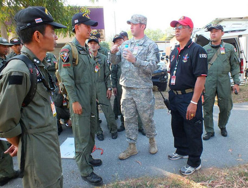 U.S., Thai EOD technicians share lessons learned during Exercise Ravens Challenge