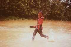 The Boy Have Fun (bayualamfoto) Tags: rescue film photography team flood ishootfilm portra masjid kuantan pahang catastrophe filem filmphotography temerloh wakaf filmcommunity believefilm kuantanku banjerosquad