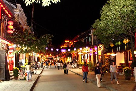 Quảng Nam: Đêm rằm Nguyên Tiêu trên phố cổ Hội An
