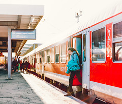 Arrival (Lucas M. Weber) Tags: mamiya film analog train mediumformat stuttgart kodak streetphotography arrival portra rb67 prolab trainsation