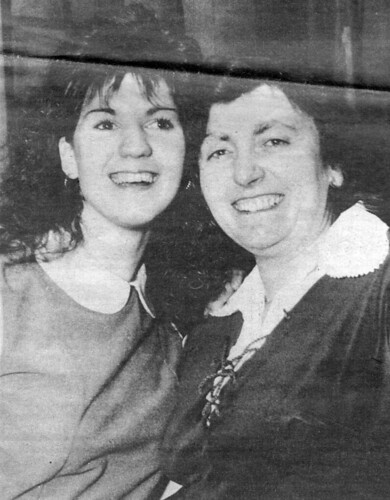 1985 Goody Two Shoes 08 (from left Debbie Siddall, Pauline Womersley)