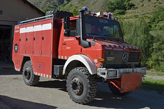 Bombers d'Espot (bleulights) Tags: rescue del mercedes benz feuerwehr bomberos firefighters fuoco unimog bombers pompiers despot vigili suhiltzaileak 31134 1850l