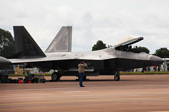 Lockheed Martin F-22A Raptor (NTG's pictures) Tags: raf fairford riat 2016 pitzone air display tattoo show fighter jets lockheed martinboeing f22a30 raptor usaf 1fw94fs 044181ff 044191ff