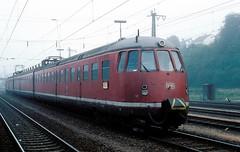 456 407  Neckarelz  29.09.84 (w. + h. brutzer) Tags: analog train germany deutschland nikon eisenbahn railway zug trains db 456 eisenbahnen triebwagen triebzug neckarelz et56 triebzge webru