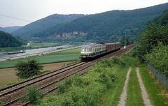 456 106 + 403  bei Lindach  31.05.86 (w. + h. brutzer) Tags: analog train germany deutschland nikon eisenbahn railway zug trains db 456 eisenbahnen triebwagen triebzug lindach et56 triebzge webru