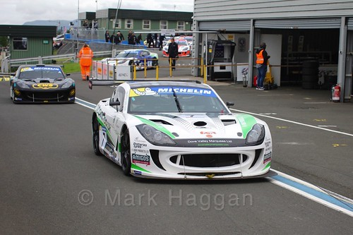 Callum Pointon in the Ginetta GT4 Supercup during the BTCC Knockhill Weekend 2016