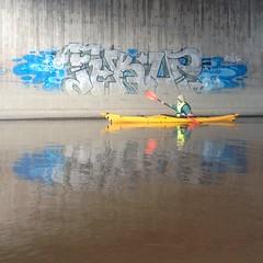 Meloskelua @ Vantaanjoki (neppanen) Tags: streetart suomi finland river graffiti helsinki vantaanjoki kayak fukup joki melonta kajakki discounterintelligence sampen melontaranta
