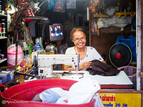 Thai Sewing Bee