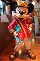 Mickey Mouse (sidonald) Tags: tokyo disney tokyodisneysea tds tokyodisneyresort tdr mickeymouse mickey   greeting horizonbayrestaurant