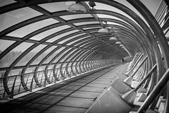 Lonley walk... (Jannik K) Tags: bw sw architecture bridge spain spanien brcke symmetry symmetrie samsung nx1 fluchtpunkt