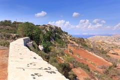 Victoria Lines (RunningRalph) Tags: malta muur victorialines wall mgarr