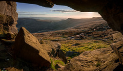 A View to the World (James G Photography) Tags: uploadedviaflickrqcom kinderscout pymchair swinesback kinder peakdistrict peaks peak derbyshire edale cave view path aperture barberbooth hollow puym sunset