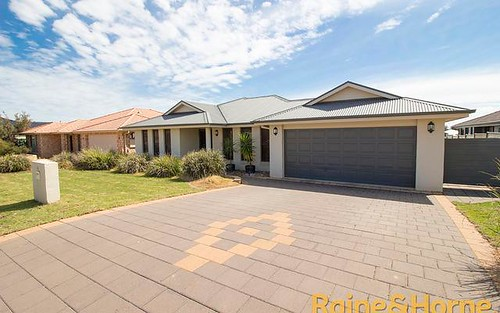 25 Cypress Point Drive, Dubbo NSW 2830