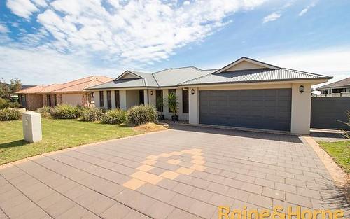 25 Cypress Point Drive, Dubbo NSW 2830
