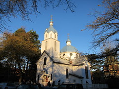 Holy Trinity Russian Orthodox Church (SqueakyMarmot) Tags: sky urban vancouver cloudy cupola strathcona vanishing neighbourhood campbellavenue holytrinityrussianorthodoxchurch