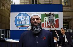 EDITTO BULGARO (@LuPe) Tags: roma italia imam occidente charliehebdo intolleranza democrazia attentato danieleluttazzi mauriziogasparri enzobiagi michelesantoro edittobulgaro