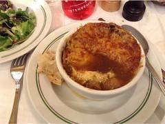 Soup d'oignon (Paris Breakfast) Tags: soup doignon