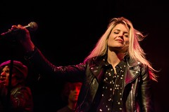 Alison Mosshart with James Williamson at Bootleg (Steve Appleford) Tags: usa losangeles calif