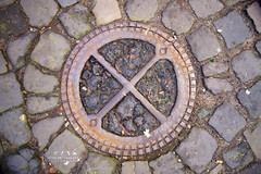 Manhole - Duitsland, Kleef2 (Stan de Haas Photography) Tags: road street old city urban man detail water metal circle underground grate iron hole symbol pavement background steel gray drain stan sidewalk cover sewage round manhole asphalt sewer haas manholecover lid kanaldeckel gullydeckel standehaas